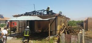Yeşilyurt'ta ev yangınında maddi hasar meydana geldi