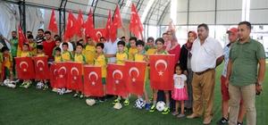 Erdemli Spor'dan şehit Ömer Halisdemir anısına yaz futbol okulu