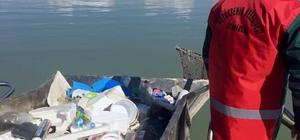 12 günde 6.1 kilometrekarelik göl yüzeyi temizlendi