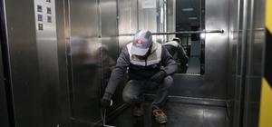 Karşıyaka'da asansörler güven veriyor