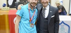 Bursalı atlet olimpiyatlarda bronz madalya kazandı