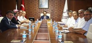 Vali Aktaş İl ve ilçe nüfus müdürleri ile toplantı yaptı