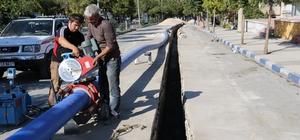 Mahallenin 30 yıllık içme suyu şebekesi yenilendi