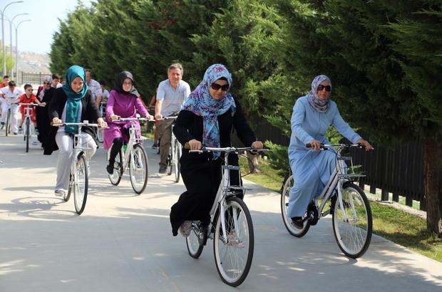 Başakşehir Spor Parkı'na vatandaşlar için 50 bisiklet yerleştirildi
