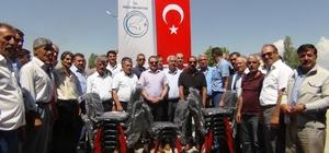 Erciş Belediyesinden taziye evlerine 3 bin adet sandalye