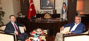 Vali Aksoy'dan Başkan Köşker'e ziyaret