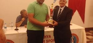 Hisarcık Belediyespor 'en centilmen takım' seçildi