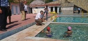 Şifalı doğal kaynak suyunda yüzme kursu