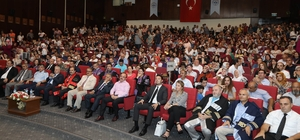 ERÜ'den 102 genç diş hekimi mezun oldu