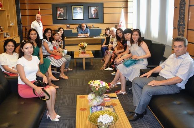 Kazak gazeteciler Hersek'e hayran kaldı