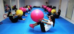 Yüreğirli kadınlar fitness yaparak zayıflıyor