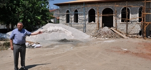 Simav'da tarihi okul restore ettiriliyor