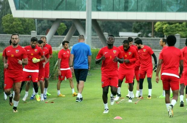 Kayserispor'da Galatasaray maçına hazırlanıyor