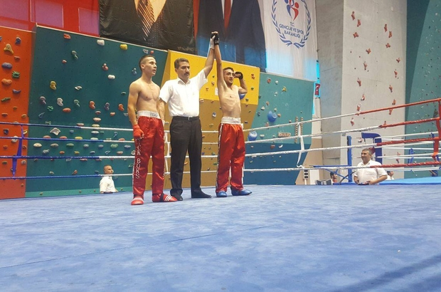 Ağrılı kick boksçu Adem milli takıma seçilme hakkı kazandı