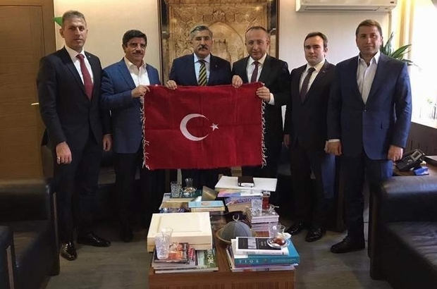Siirt Heyeti Ulaştırma Bakanı Aslan'la görüştü