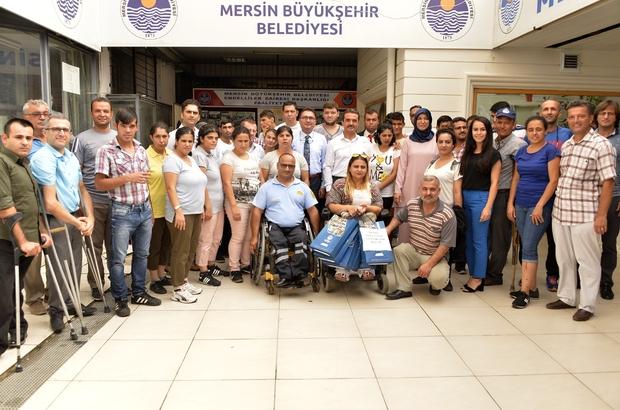 Mersin Büyükşehir Belediyesi'nden engelli sporculara malzeme yardımı