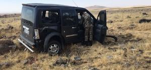 Hafif ticari araç kaza yaptı: 1 yaralı