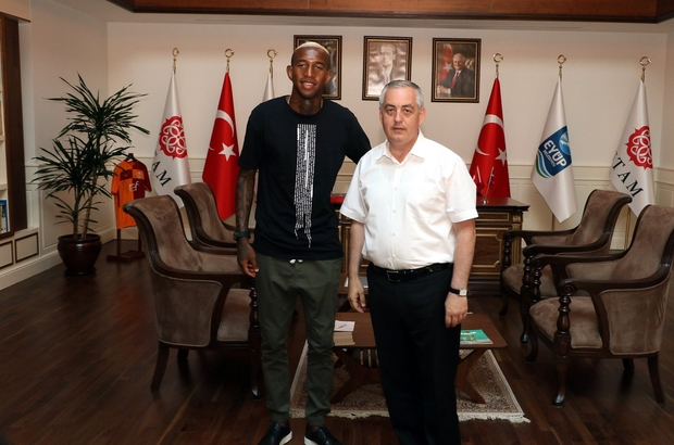 Talisca Eyüp Belediyesi'yle anlaştı