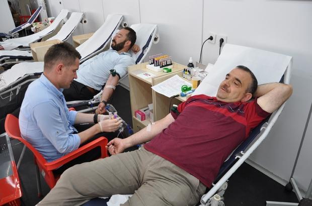 Simav'da madalyalı kan bağışı