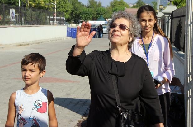 """Şehit polis Nedip Cengiz Eker'in annesi Güzel Eker: """"İdamlarını istiyorum"""""""
