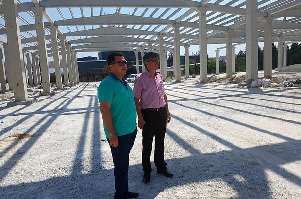 Bozüyük Belediye Başkanı Fatih Bakıcı kapalı pazar inşaatında