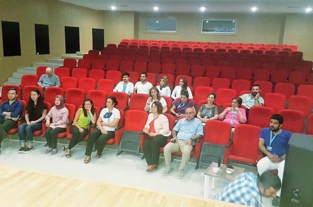 Kırklareli Devlet Hastanesi personelleri engelliler için gönüllü okuyucu oldu