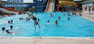 Kimsesiz çocukların aquapark sevinci