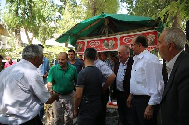 Bitlis Valisi Ustaoğlu, vatandaşlarla bir araya geldi