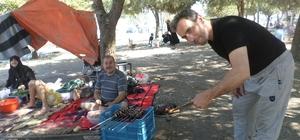Suriyeli muhacirler piknikte buluştu