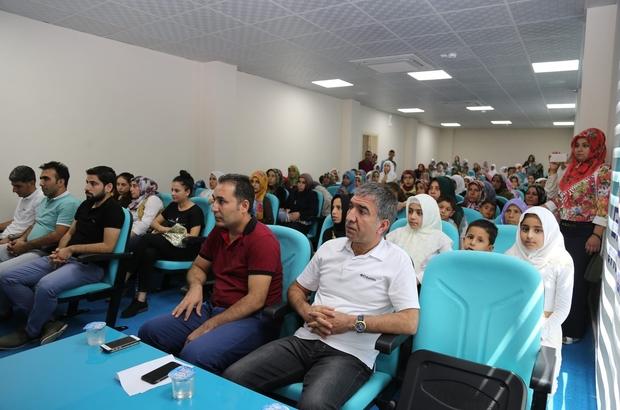 Belediyenin gençlik merkezi ilk mezunlarını verdi