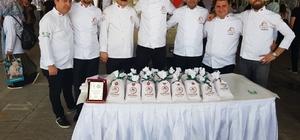 Bolu Mengen'de 20 bin kişiye Uşak tarhanası ikram edildi