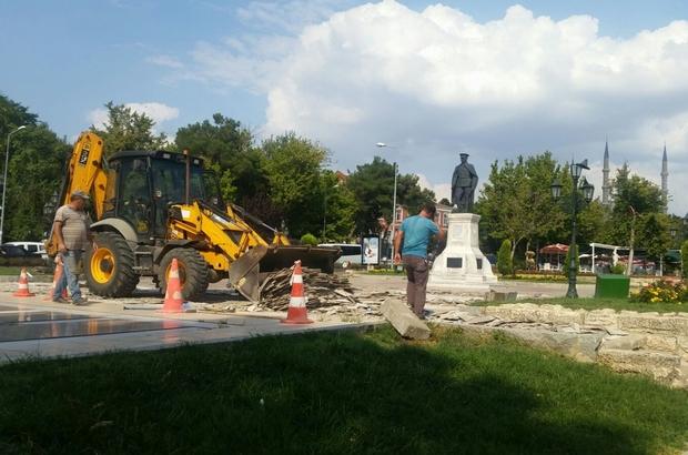 """Başkan Gürkan: """"Atatürk anıtı bir yıl sonra yeniden düzenlenecek"""""""