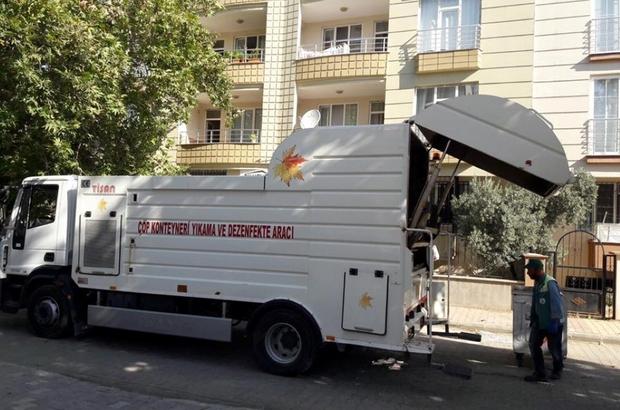 Adıyaman Belediyesi günde 100 çöp konteynerini temizliyor