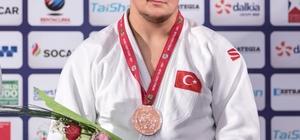 Ömer Kemal Aydın, Türkiye'yi gururlandırdı