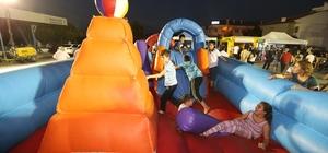 Pamukkale'de çocuklar eğleniyor