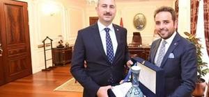 Milletvekili İsak Gazel, Adalet Bakanı Abdulhamit Gül ile görüştü