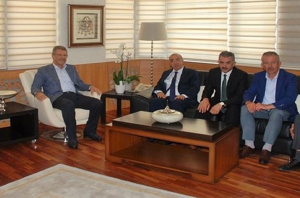 Başkan Akay, Şeker-İş Sendikasını ziyaret etti