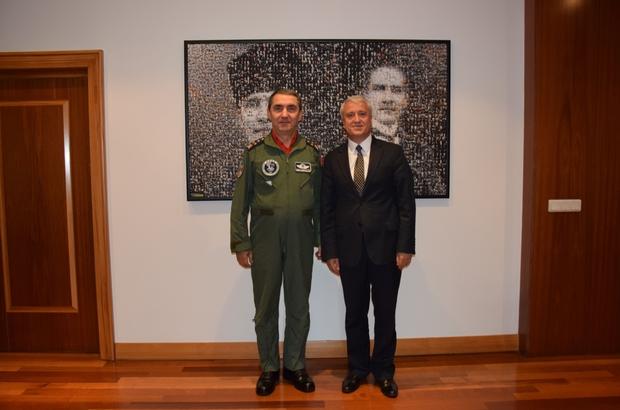 Orgeneral Hasan Küçükakyüz'den Rektör Gündoğan'a veda ziyareti