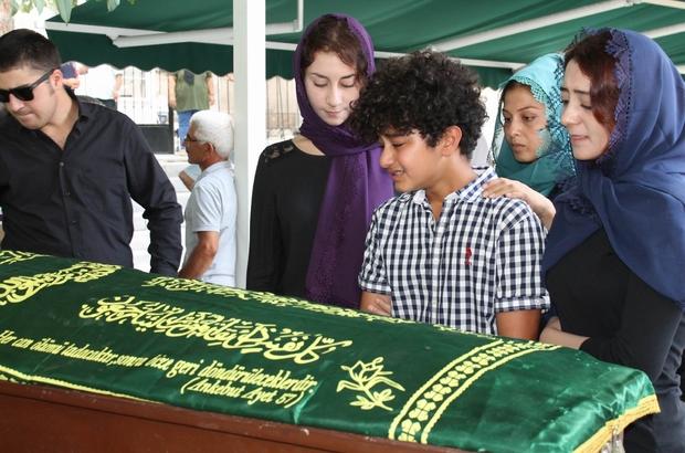 Gazetece Ahmet Mülayim son yolculuğuna uğurlandı