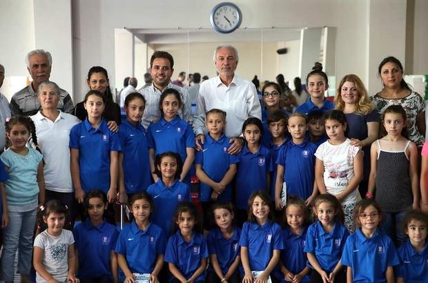 Başkan Saraçoğlu ve Milletvekili Gazel geleceğin sporcularıyla buluştu