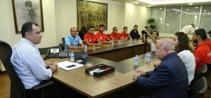 Başkan Taşdelen Milli Takım'ın 'bel kemiği'ni konuk etti