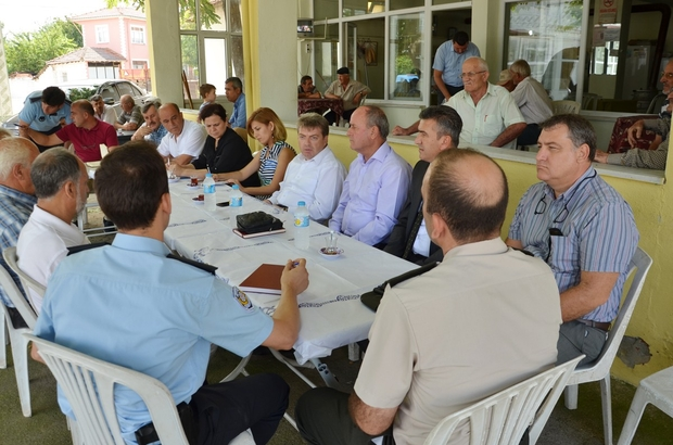 Çıkrıkçı Mahallesi'nde halk toplantısı düzenledi