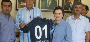 """Milletvekili Sarı: """"Adana Demirspor çok güzel başarılara imza atacak"""""""