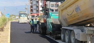 Burhaniye'de Kuvvayi Milliye Bulvarı asfaltlanıyor