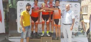 Döşemealtı Belediyesi'nin Bisiklet Takımı Türkiye üçüncüsü