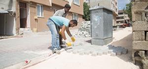 Şehrin birçok noktasında asfaltlama ve parke çalışmaları devam ediyor