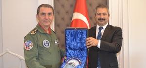 Orgeneral Hasan Küçükakyüz'ün veda ziyareti