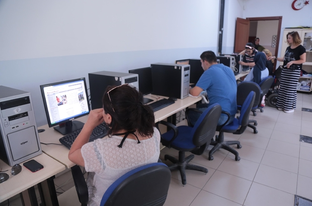 Gölbaşı Belediyesinden engellilere bilgisayar destekli muhasebe kursu