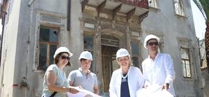 Urla'daki tekel binasında restorasyon başladı