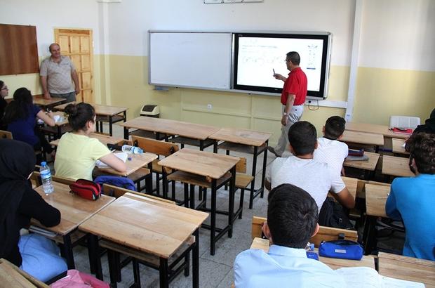 Okullarda yaz kursları devam ediyor